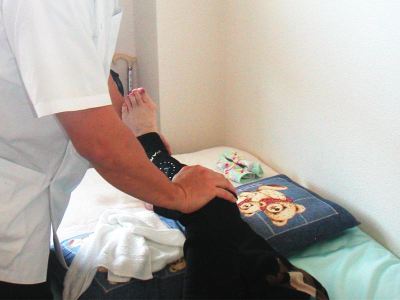 5.膝関節・股関節の屈伸運動